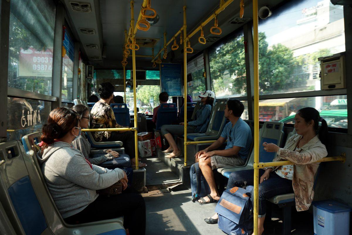 Foto di un autobus pubblico a Ho Chi Minh City, Vietnam.