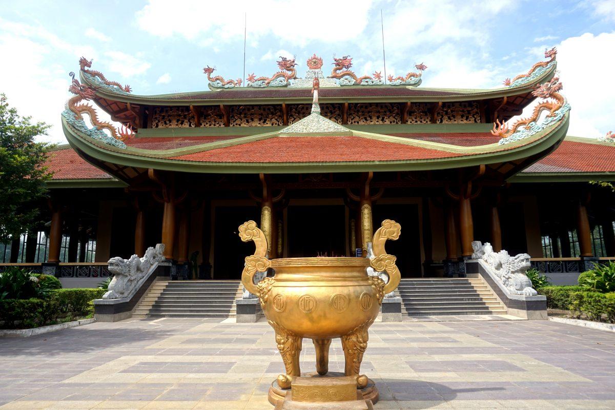 Foto di un tempio nel complesso dei Cu Chi Tunnels, Vietnam.