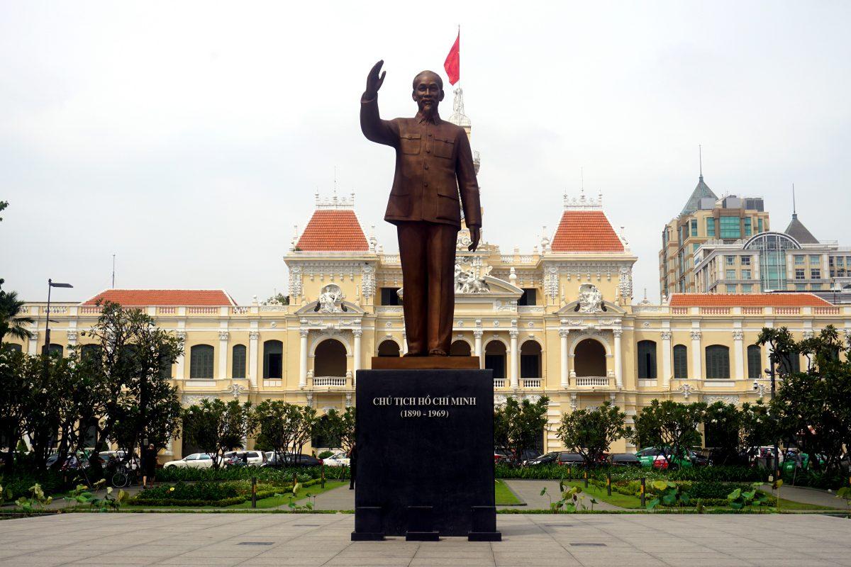 Foto della statua di Ho Chi Minh, Vietnam.