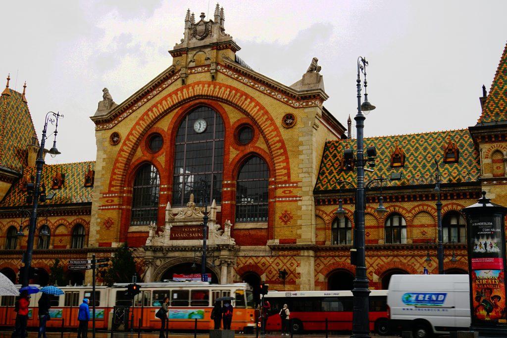 Foto del mercato coperto a Budapest.