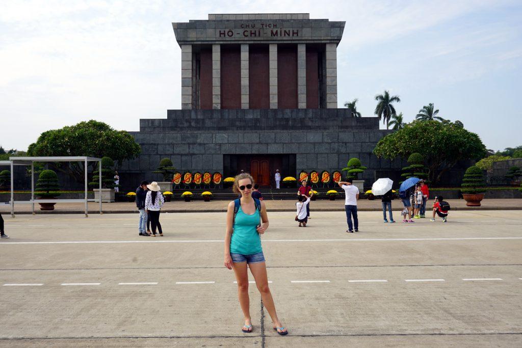 Foto del Mausoleo di Ho Chi Minh ad Hanoi, Vietnam.