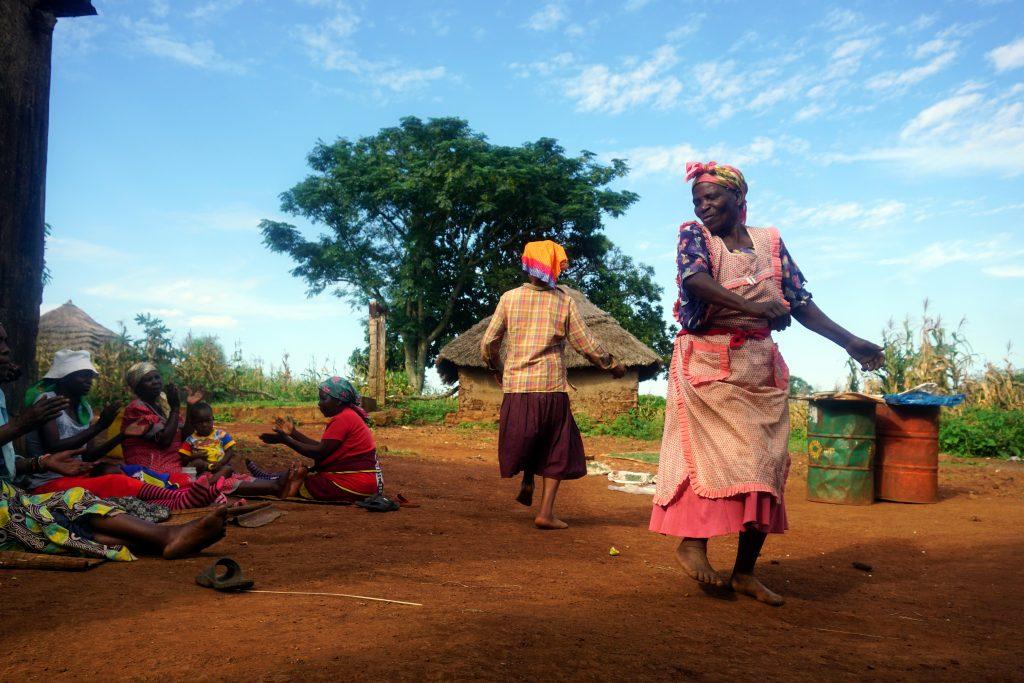 Foto di donne che ballano, Swaziland.