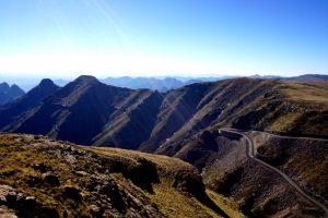 Foto della strada dopo il Mafika Lisiu Pass.