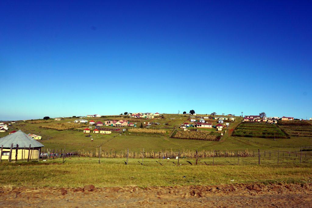 Foto di un villaggio tipico nei pressi di Coffee Bay, Sudafrica.