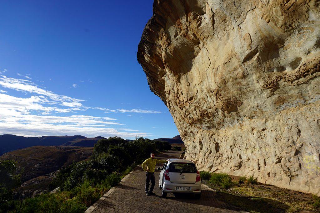 Foto della strada per raggiungere l0ingresso del parco per il trekking delle Tugela Falls e Amphitheatre.