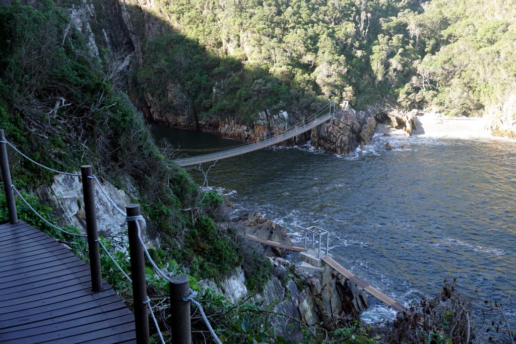 Foto del ponte sospeso a Tsitsikamma, Sudafrica.