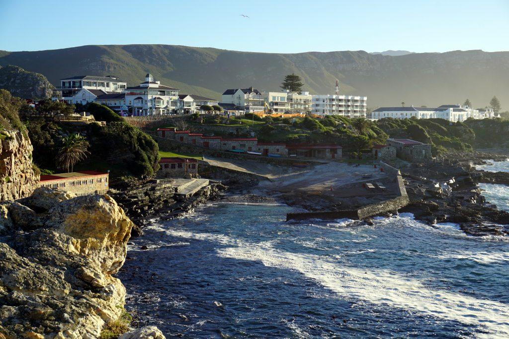 Foto del porto di Hermanus, nella Whale Coast, Sudafrica.