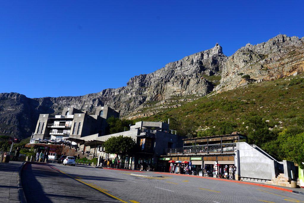Fotografia della funivia che porta in cima a Table Mountan, Città del Capo.
