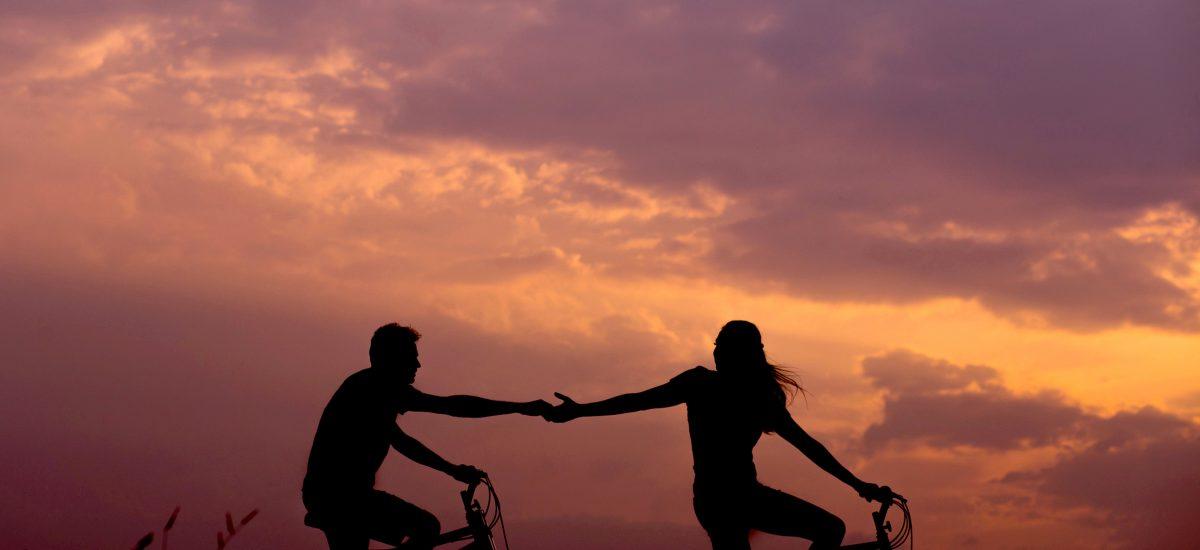 Pro e contro di una relazione a distanza
