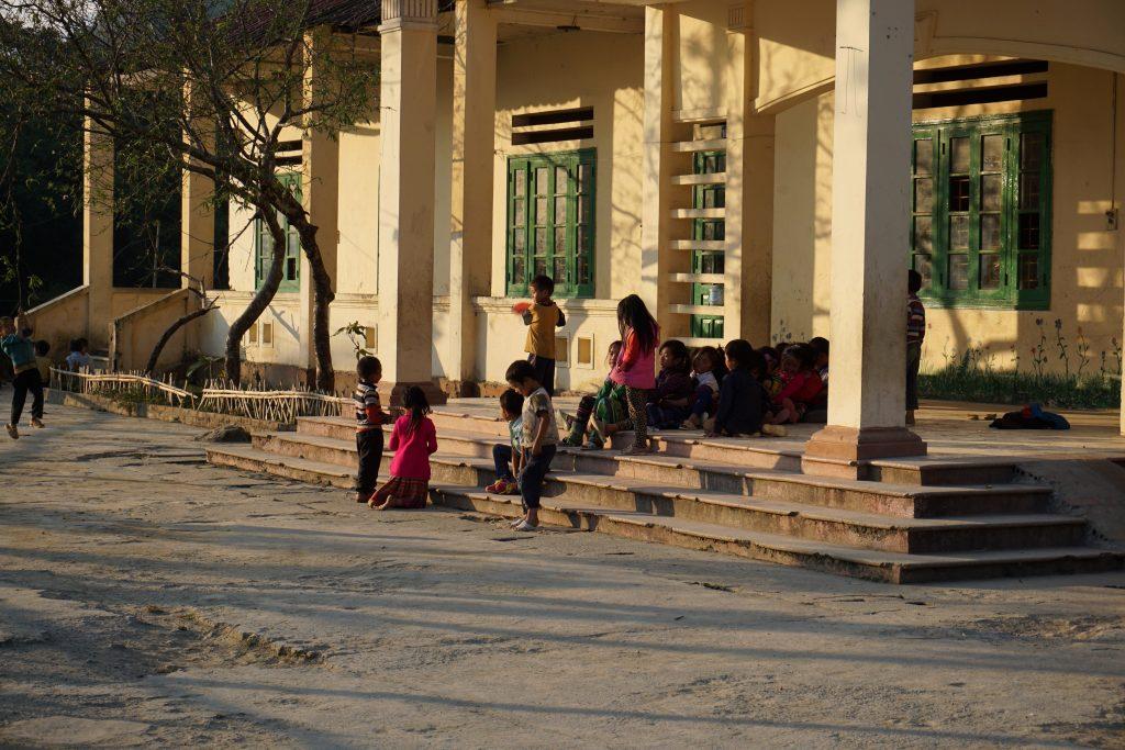 Fotografia di una scuola a Sapa, Vietnam.