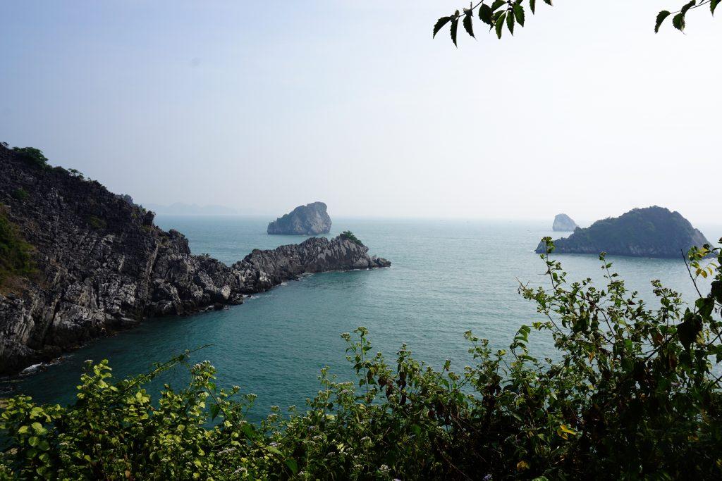 Foto del paesaggio di  Monkey Island, Vietnam.
