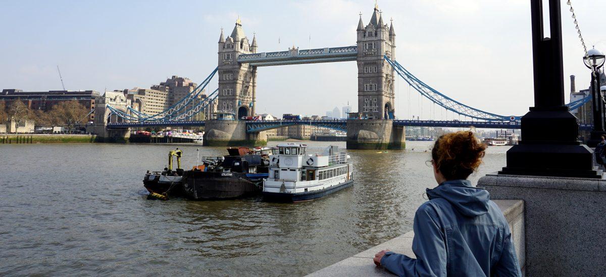 Foto del Tower Bridge a Londra.
