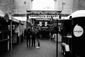 Fotografia dell'ingresso del Greenwich Market a Londra.