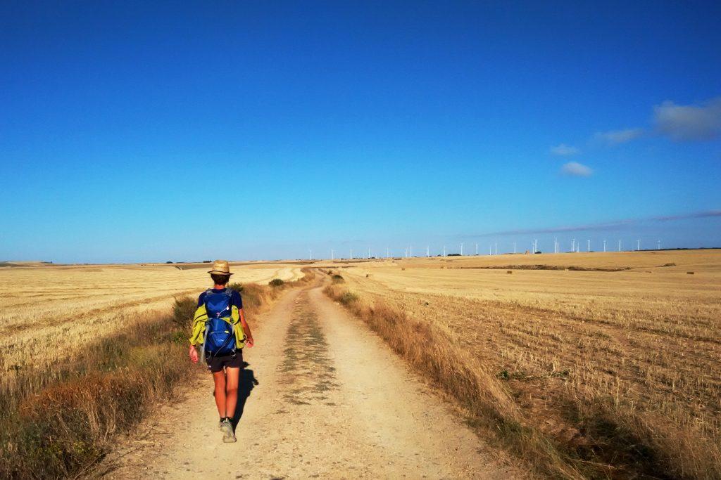 Equipaggiamento per il Cammino di Santiago in estate