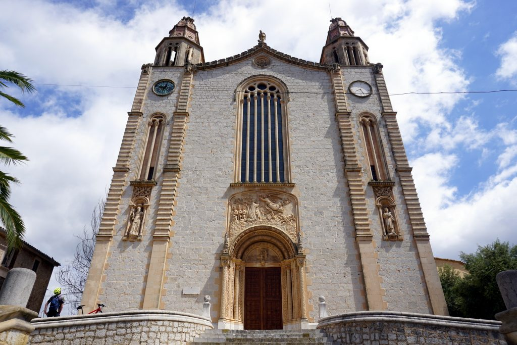 Foto della chiesa di Calvià, Maiorca.