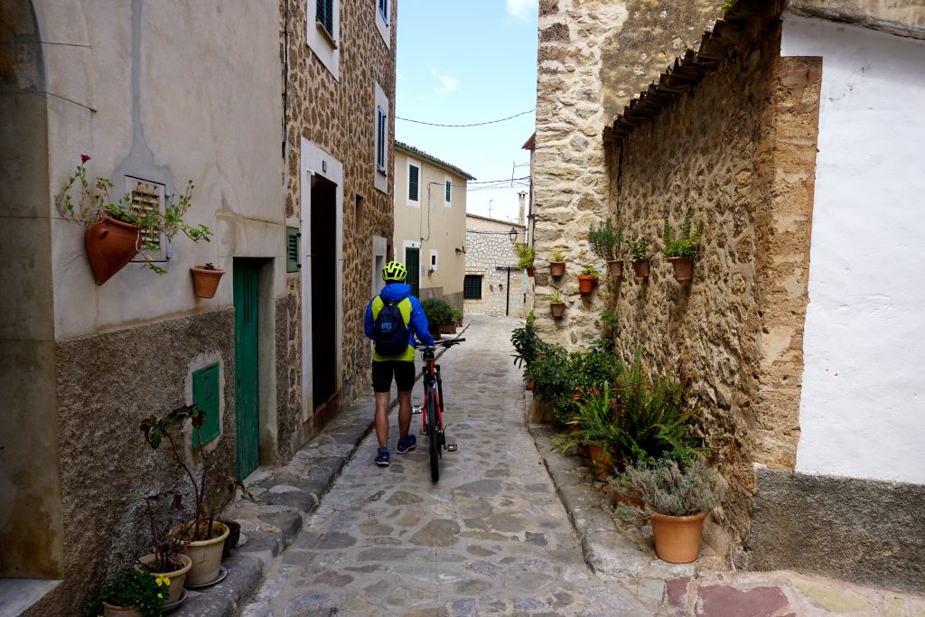 Foto del paesino di Estellencs, Maiorca.