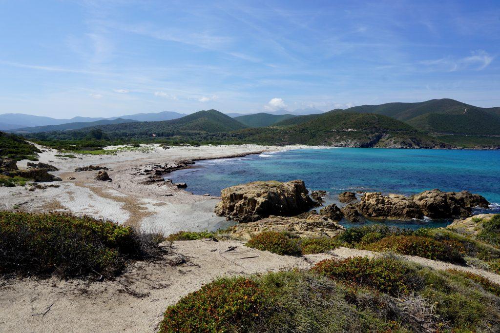 Fotografia panoramica della Spiaggia dell'Ostriconi, Corsica.