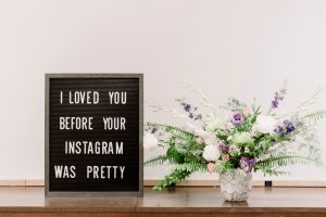 Foto di un testo: I loved you before your Instagram was pretty!