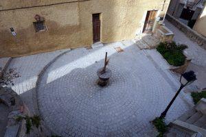 Foto di un dettaglio della cittadella di Calvi.