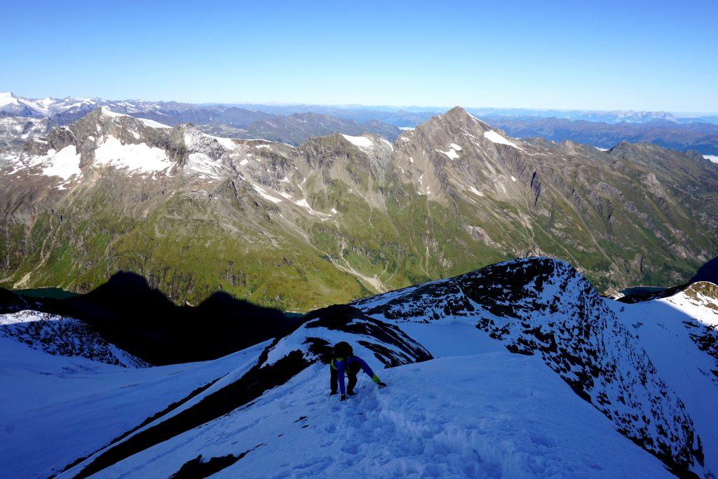 Trekking sul Großes Wiesbachhorn, Austria.