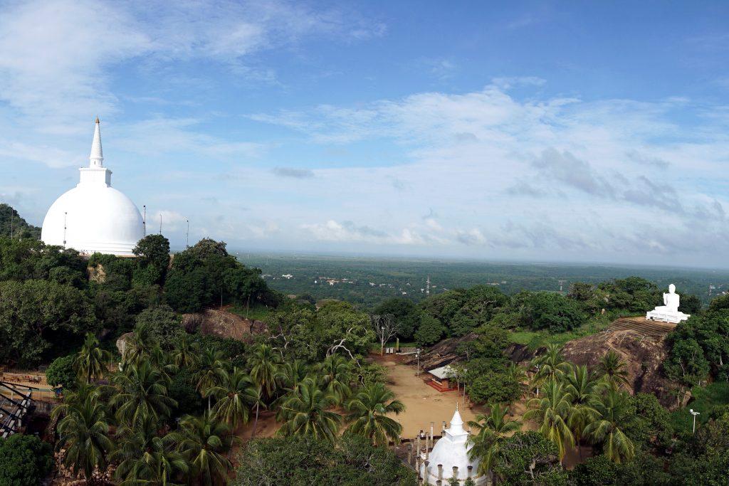 Foto del complesso di Mihintale, nelle vicinanze di Anuradhapura, Sri Lanka.